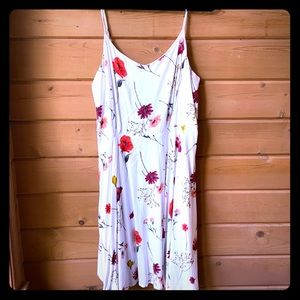 Old Navy Cream Floral Sleeveless Tank Dress.